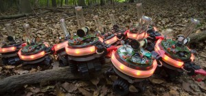 Swarmanoid : Un film avec des robots collaboratifs qui executent des tâches complexes