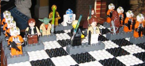 Un jeu d'échec Star Wars réalisé avec des LEGO
