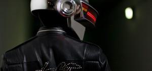 DIY : Une magnifique reproduction du casque à matrice de LED de Daft Punk