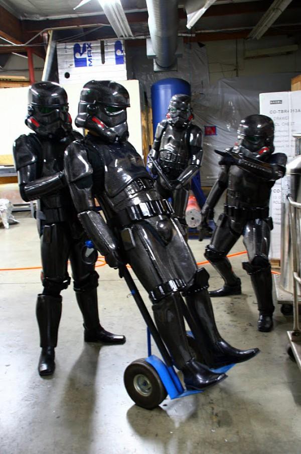 Carbon Fiber Stormtroopers Un Costume De Stromtrooper En