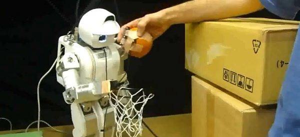 Interaction : Un robot qui contrôle un être humain