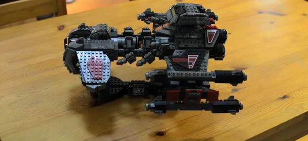 Mega Blocks : Construction en timelapse du BattleCruiser de StarCraft 2