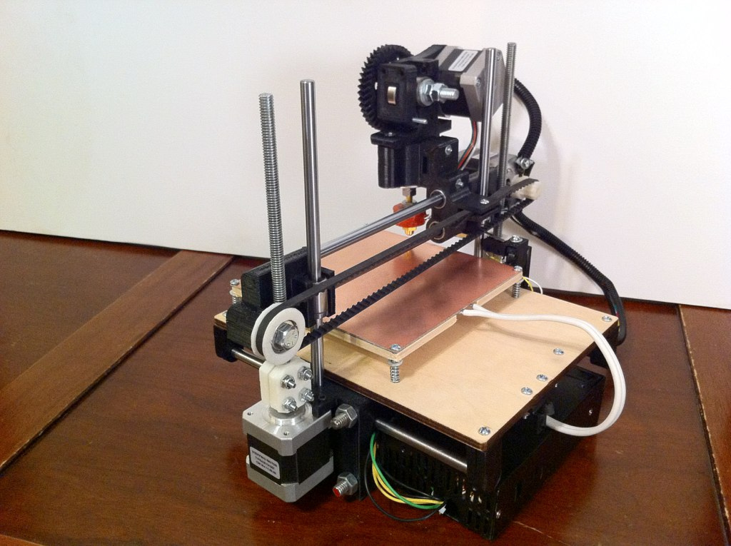 printrbot une imprimante 3d conomique et simple r aliser semageek. Black Bedroom Furniture Sets. Home Design Ideas