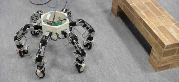 Asterisk : Un robot insecte omni-directionnel vraiment impressionnant