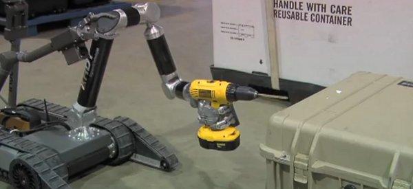 Démonstration des nouveaux bras manipulateur MK2 de HDT Robotics