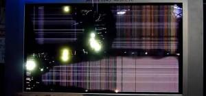 WTF : La destruction d'un écran plasma par de la haute tension