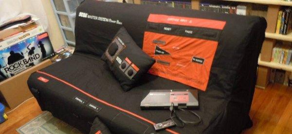 DIY : Une housse de canapé clic-clac SEGA Master System