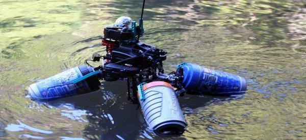 Omniboat : Un robot original à base de LEGO qui navigue sur les eaux