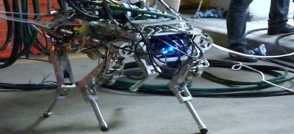 HyQ : Premiers tests en extérieur pour le robot quadrupède Italien
