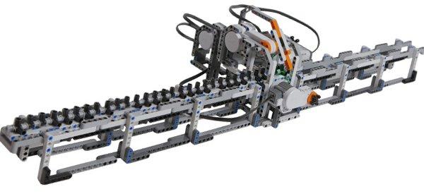 Une machine de Turing modélisé avec des LEGO