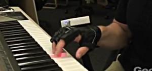 Un concept de gant vibrant couplé à un piano pour stimuler le cerveau