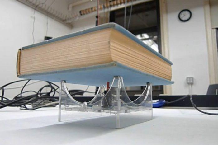DIY : Transformer un livre en instrument de musique à fréquence variable