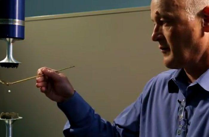 La lévitation acoustique utilisée pour améliorer la fabrication de médicaments