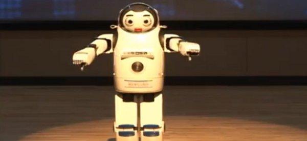 Le robot humanoïde Kibo 2.0 fait son show
