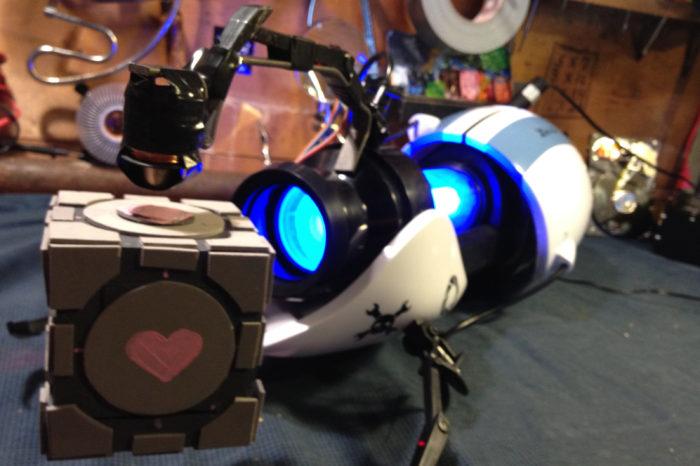 DIY : Un pistolet de Portal qui fait léviter un cube compagnon IRL