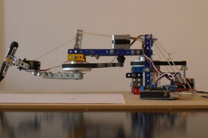 Drawing Arm V2 : Le robot qui dessine à base d'Arduino