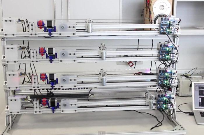 MechBass : Une machine robotisée qui joue de la basse