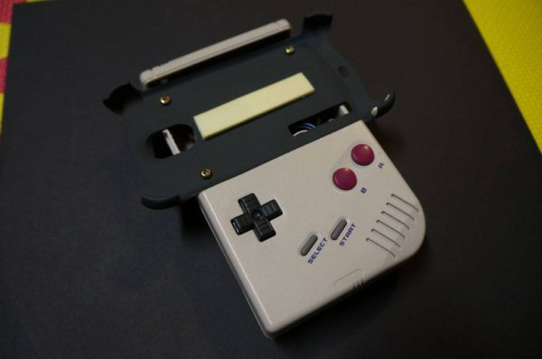 diy-transformer-une-gameboy-en-controleur-de-jeu-pour-android-02