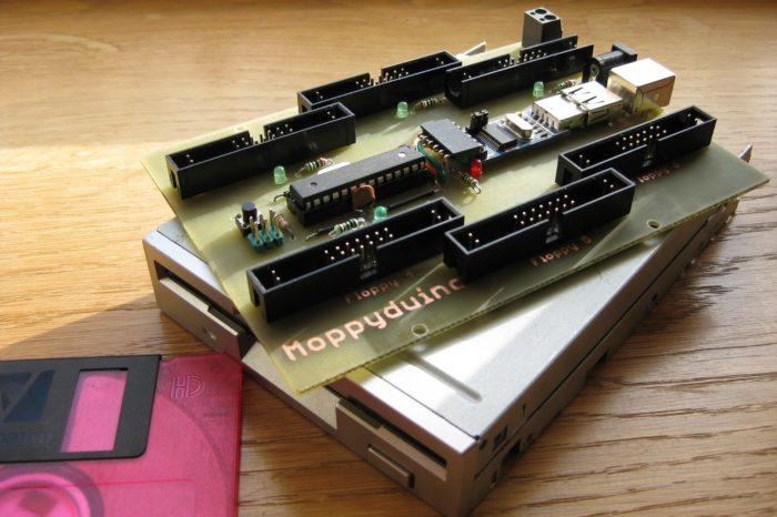 Moppyduino : une carte électronique dédié pour jouer de la musique avec des lecteurs de disquettes