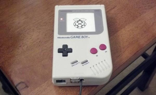 un-boitier-original-pour-raspberry-pi-avec-une-gameboy-01