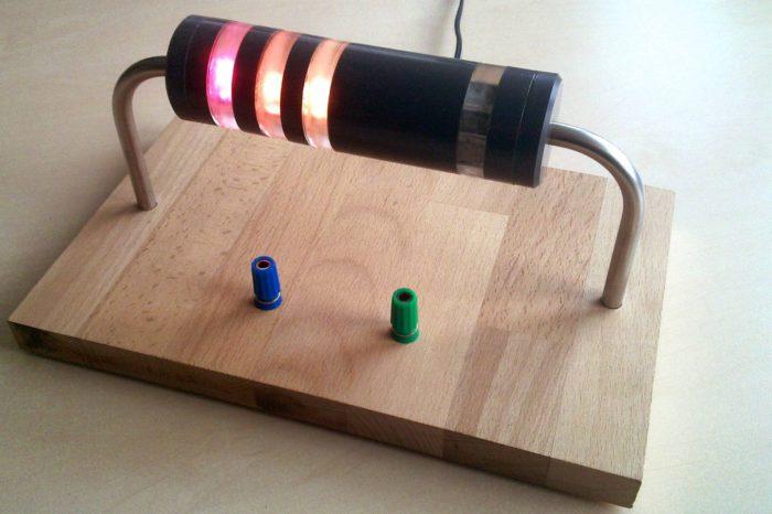 Un ohmmètre original en forme de résistance géante
