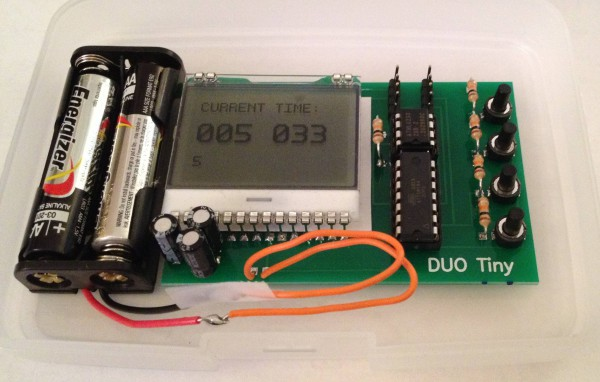 duo-tiny-un-ordinateur-programmable-construit-avec-un-attiny84