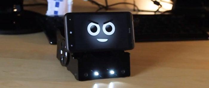 SmartBot : un robot de innovant qui utilise votre smartphone