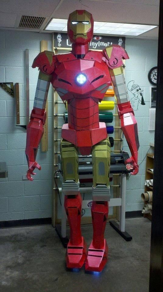 diy-une-statue-iron-man-taille-reelle-en-carton-mousse-02