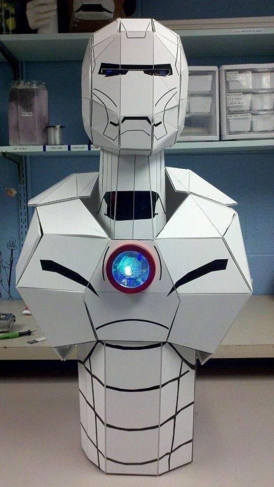 diy-une-statue-iron-man-taille-reelle-en-carton-mousse-04