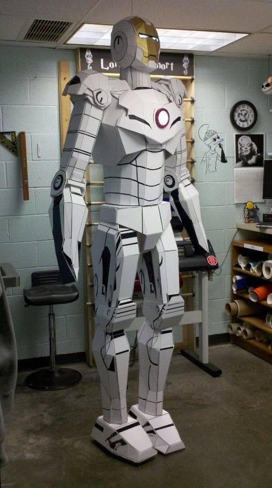 diy-une-statue-iron-man-taille-reelle-en-carton-mousse-05