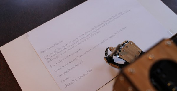 scribing robot arm un bras robotise scara dedie a lecriture 600x310 Scribing Robot Arm : Un bras robotisé SCARA dédié à lécriture