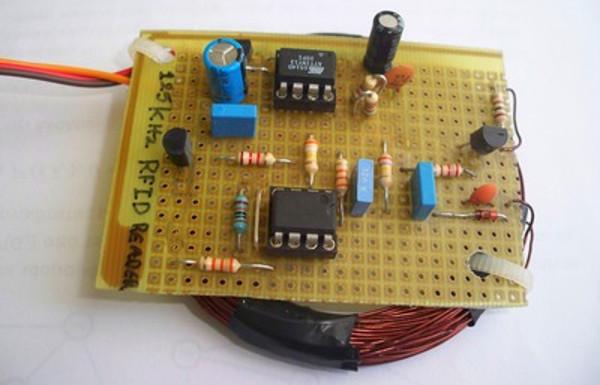 DIY : Fabriquer une lecteur de tag RFID 125 kHz avec un ATtiny13