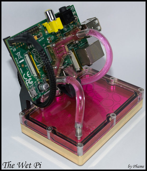 the-wet-pi-water-cooling-pour-raspberry-pi-04