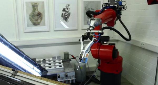 e-david-le-robot-artiste-peintre