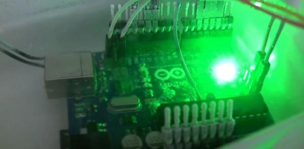 experience-overclock-de-arduino-uno-avec-de-azote-liquide