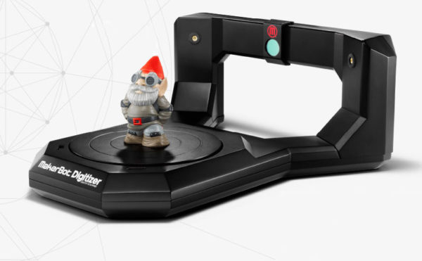makerbot-lance-la-commercialisation-de-son-scanner-3d-de