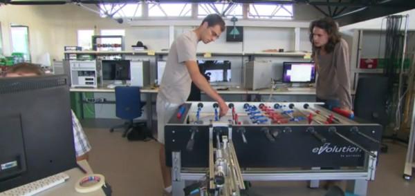 projet-le-robot-champion-de-babyfoot-de-epfl