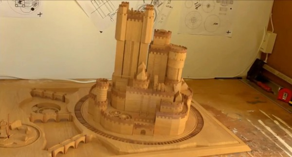 video-un-chateau-qui-se-deploie-comme-dans-game-of-thrones