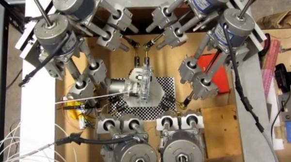 innovation-une-imprimante-3d-6-axes-pour-imprimer-sur-des-surfaces-courbes