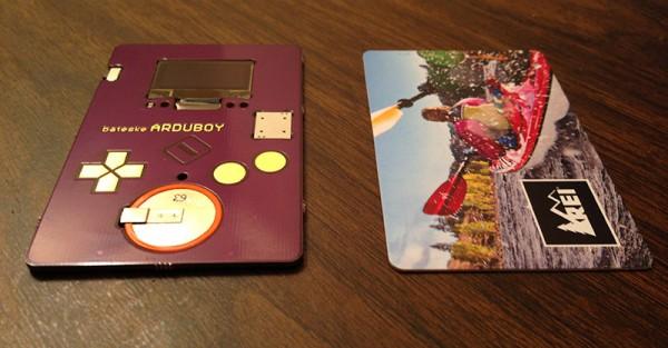 arduboy-la-carte-de-visite-interactive-sur-une-base-arduino-01
