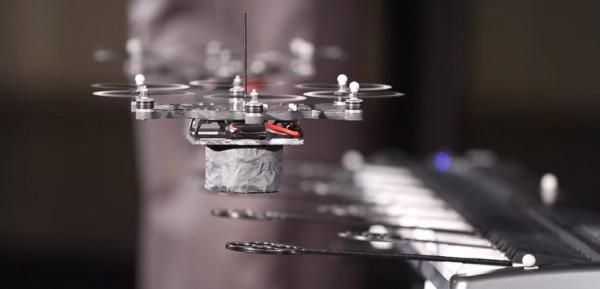 les-drones-de-kmel-robotics-ont-forme-un-groupe-de-musique