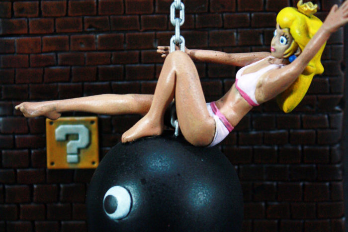 OMG : La Princess Peach en mode Wrecking Ball sur un Chomp