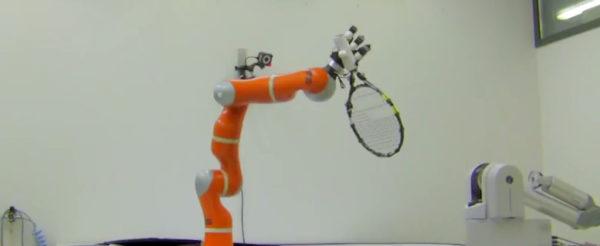 le-bras-robotique-qui-attrape-rapidement-les-objets-a-la-volee