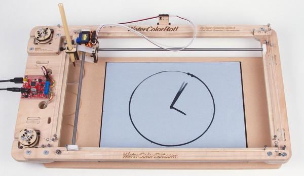 watercolorbot-water-clock-une-horloge-cnc-qui-donne-lheure-avec-de-leau