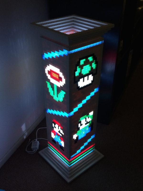 une-lampe-sur-le-theme-de-mario-realise-en-lego-01
