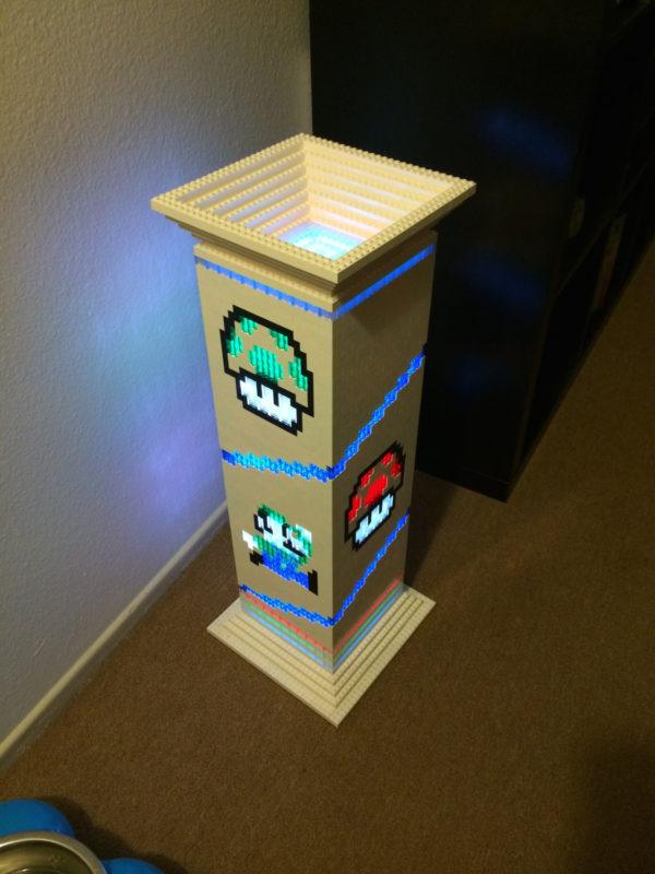 une-lampe-sur-le-theme-de-mario-realise-en-lego-02