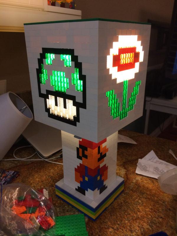 une-lampe-sur-le-theme-de-mario-realise-en-lego-05