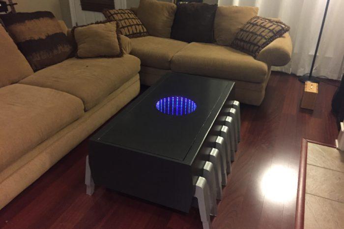 DIY : Une table basse en forme de circuit intégré