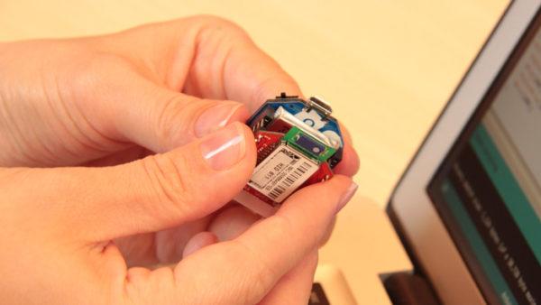 the-airboard-une-petite-carte-compatible-arduino-dediee-aux-objets-connectes-02
