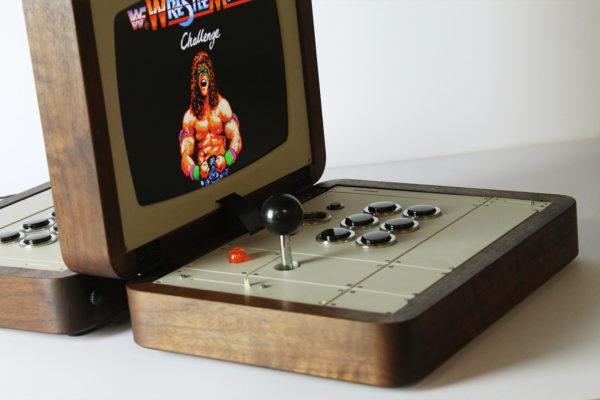 battlecade-un-borne-darcade-retro-portable-pour-deux-joueurs-02